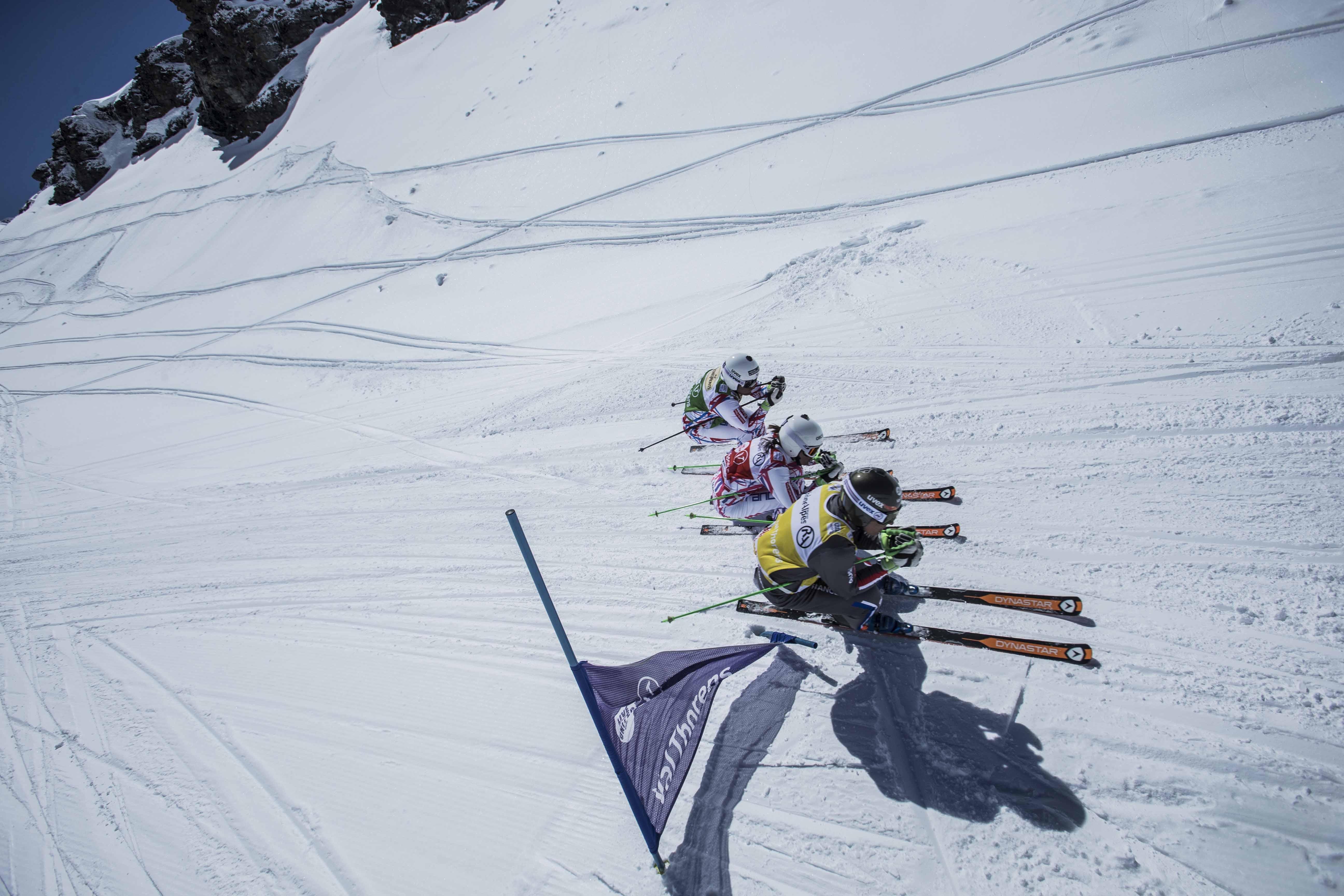 3 Schifahrer schirennen