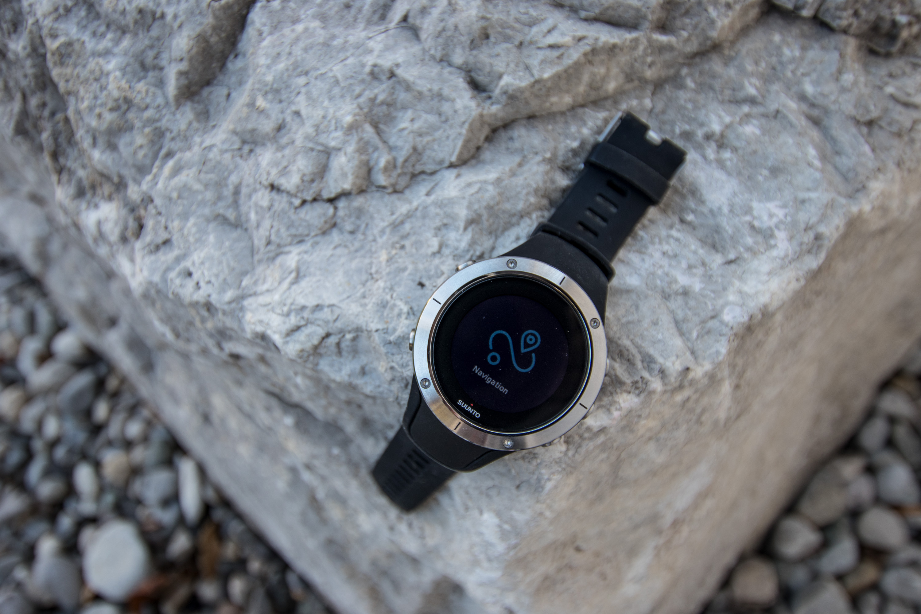 suunto-spartan-trainer-wrist-hr-product-preview-2
